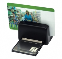 Slot magnetic card reader